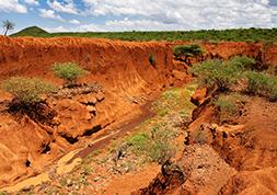 Estudos Geológicos e Hidrogeológicos